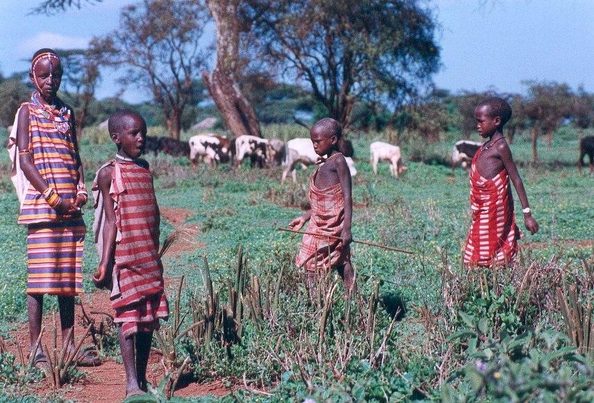 Enfants Masai - Kenya décembre 1990