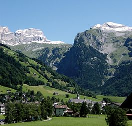 View from Engelberg towards northeast with the snow covered Lauchernstock and the Ruchstock to the left, and the Gross Gemsispil to the right (mid-August 2007)
