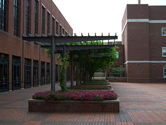 University of Kentucky College of Engineering - Engineering Quadrangle