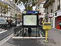 Entrée Station Métro Rue Boulets Paris 1.jpg