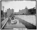 Erie Canal barges in Rochester near Osburn Hotel - LC-DIG-det-4a12121a.png