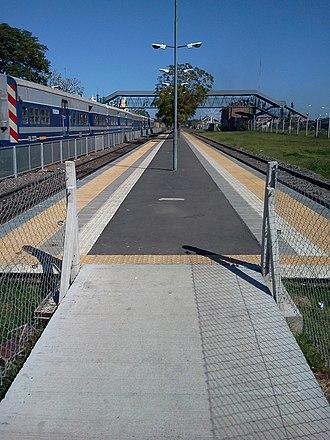 Belgrano Sur Line - González Catán station's platforms.