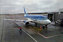 Estonian Air-B735-EETN-13jan06.jpg