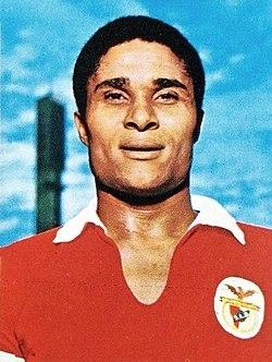 Eusebio en 1973.jpg