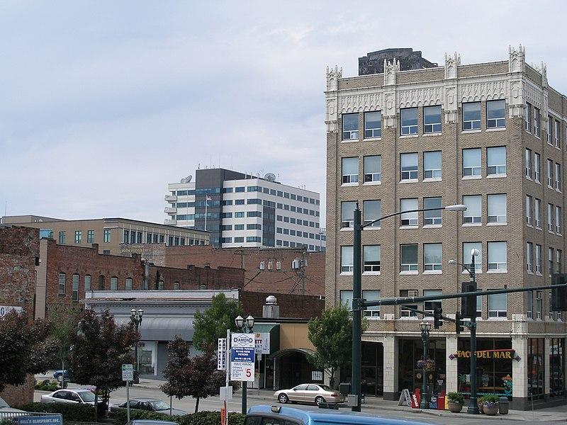 Everett 800px-Everett_-_Downtown_1