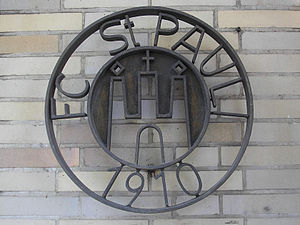 Millerntor-Stadion - The club logo outside the Millerntor-Stadion in 2007.