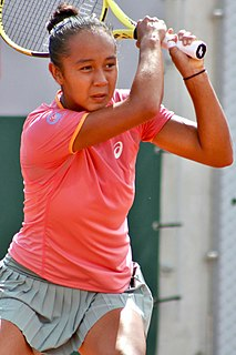Leylah Fernandez Canadian tennis player (born 2002)