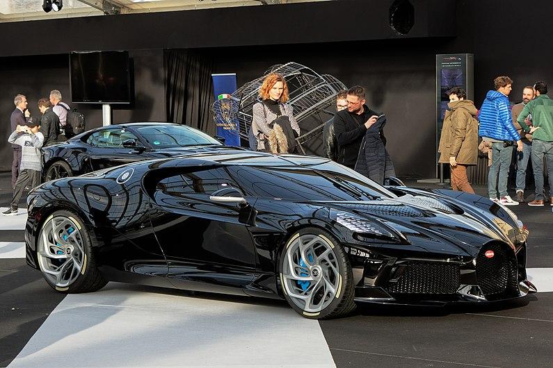 Festival automobile international 2020 - Bugatti La Voiture Noire - 009.jpg