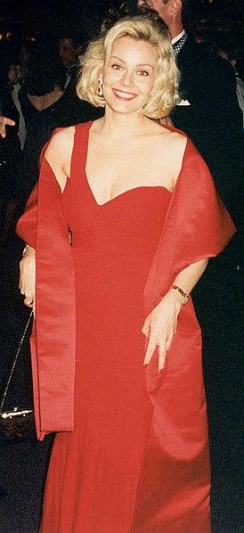 File:Gail O'Grady (1994).jpg