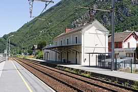 The railway station in Saint-Léger