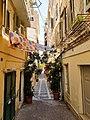 Gasse in der Altstadt von Korfu (47818444662).jpg