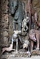 Giardino di castello, grotta degli animali o del diluvio, vasca di sx 04 cani, gatto e scimmia di antonio lorenzi, francesco ferrucci del tadda e altri, 1555-57 ca.jpg
