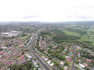 Goonellabah, New South Wales - Goonellabah from the air, showing the Bruxner Highway into Lismore, and Goonellabah Shopping Centre in the distance