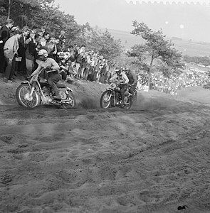 Grand Prix Motor Cross in Bergharen, Bestanddeelnr 911-4499.jpg
