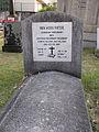 Grave of Koos Fietje.jpg