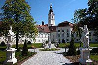GuentherZ 2006-06-15 2457 Stift Altenburg.jpg