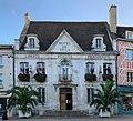 Hôtel de ville d'Auxerre en octobre 2020.jpg