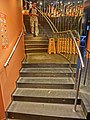 HK CWB 銅鑼灣道 Tung Lo Wan Road evening Fairwood restaurant stairs Nov-2013.JPG