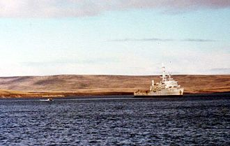 Battle of San Carlos (1982) - HMS Fearless at San Carlos