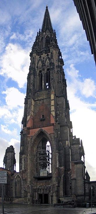 St. Nicholas' Church, Hamburg - Image: Hamburg St Nikolai Panorama