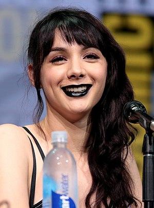 Hannah Marks - Marks at the 2017 San Diego Comic-Con
