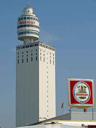 Eschborn-Frankfurt – Rund um den Finanzplatz - The now demolished Henninger Tower (pictured in 2005) in Frankfurt am Main served as the race's name sponsor from 1962 until 2008.