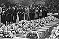Herdenking van de slachtoffers van de vliegramp met het vliegtuig van de NLM bij, Bestanddeelnr 931-7454.jpg