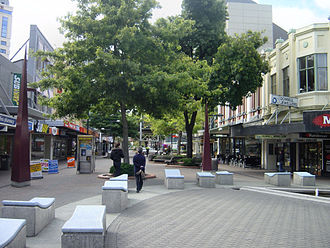 City Mall, Christchurch - Looking down High Street from its intersection with Colombo and Hereford Streets, with part of the former Stewart Fountain in the foreground (2007)