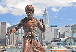 Standbeeld van Bruce Lee aan de Avenue of Stars in Hongkong