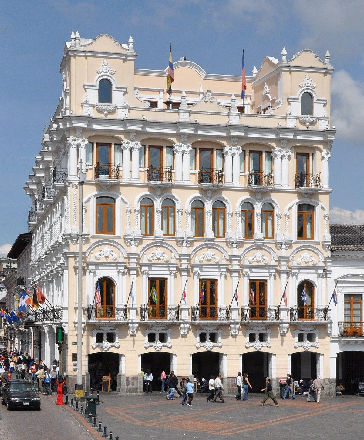 Palacio De Pizarro