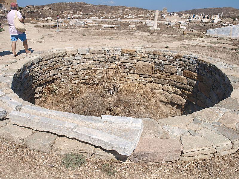 File:Houses on Delos (LIII) (5183086818).jpg