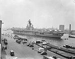 Hr Ms vliegkampschip Karel Doorman in Rotterdam voor de reis naar Nieuw Guin, Bestanddeelnr 911-2711.jpg