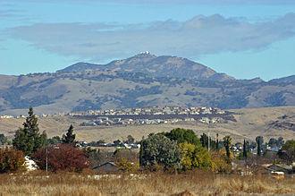 Mount Hamilton (California) - Image: IMG 9864Mount Hamilton fxwb