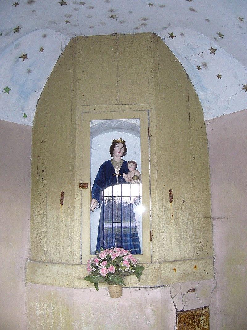 Kapelletje met gezwenkte topgeveltje en met korfbogige for Meerlo interieur
