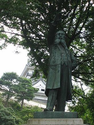 Itagaki Taisuke - Statue of Itagaki Taisuke in Kochi castle.