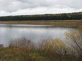 Izhma River near Ust-Ukhta Village.jpg