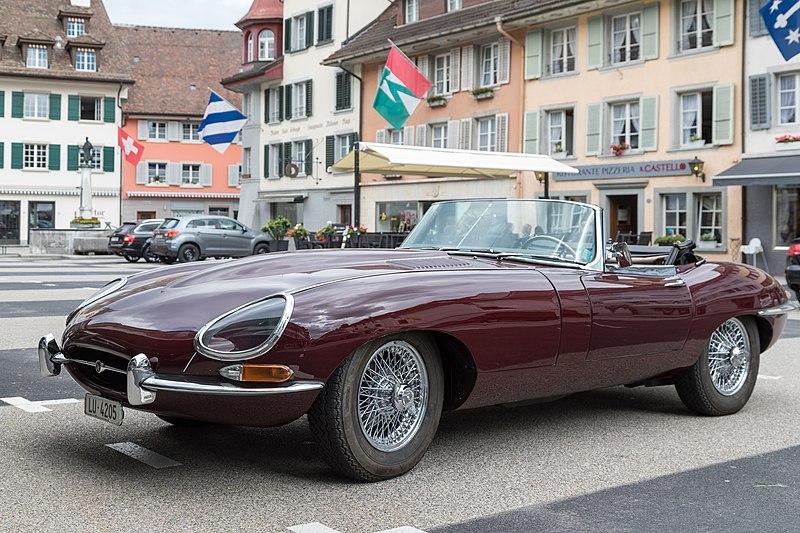 File:Jaguar E-type roadster.jpg