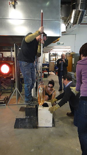 Institute for International Research in Glass - James Maskrey and team blowing glass for Bruce McLean, April 2013