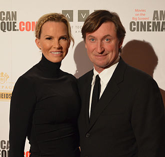 Janet Jones - Image: Janet & Wayne Gretzky DSC 0214
