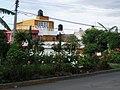 Jardín Triangular en villa de las flores cuidado con amor por dos entusiastas mujeres de la comunidad. - panoramio.jpg