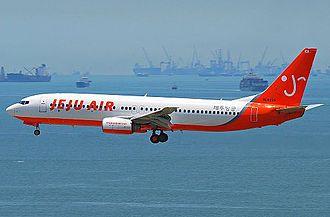 Jeju Air - A Jeju Air fleet with its old BI.