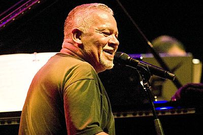 Picture of a band or musician: Joe Sample