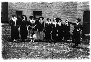 Women in law enforcement - Capt Edyth Totten and women police in 1918 in New York