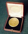 Justus von Liebig Medaille knietsch 24.05.1904.jpg