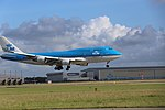 KLM Boeing 747-400 PH-BFS landing at EHAM 11.jpg