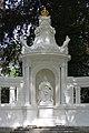 Kaiserin-Augusta-Denkmal 12 Koblenz 2014.jpg