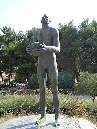 Krešimir Ćosić - Ćosić statue at Višnjik Sports Centre in Zadar