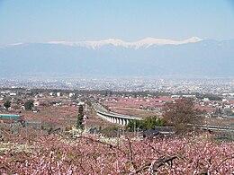 桃の花咲く甲府盆地と 南 ... : 県庁所在地 一覧 地図 : すべての講義