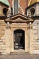 Kraków - Wawel - Cathedral Gate 01.jpg
