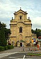 Krosno, kostel Povýšení svatého kříže, průčelí.jpg